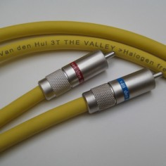VAN DEN HUL 3T The Valley 1m RCA