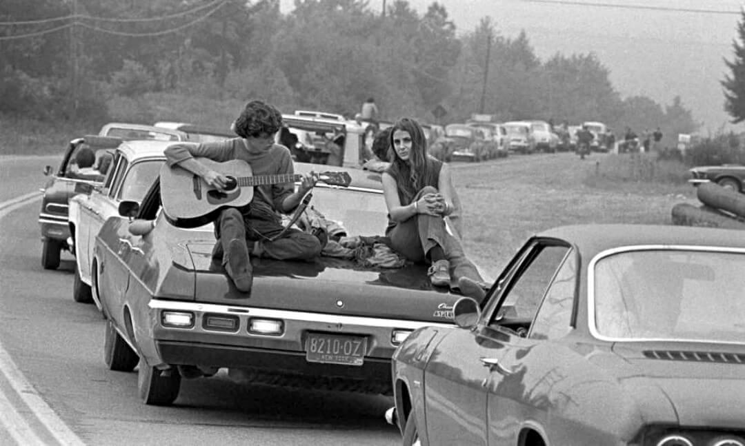 Un dettaglio dei partecipanti al concerto di Woodstock